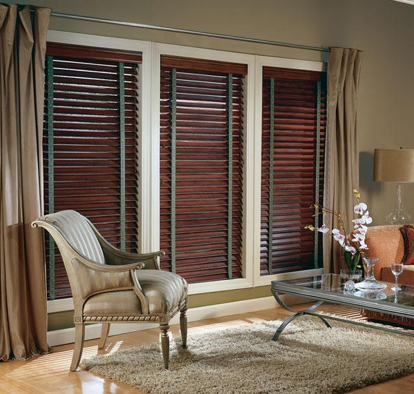 Company Furnishing Hunterdauglas Wood Blinds