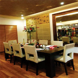 Ghaziabad : Dining room : Exculsive Furniture from London Home