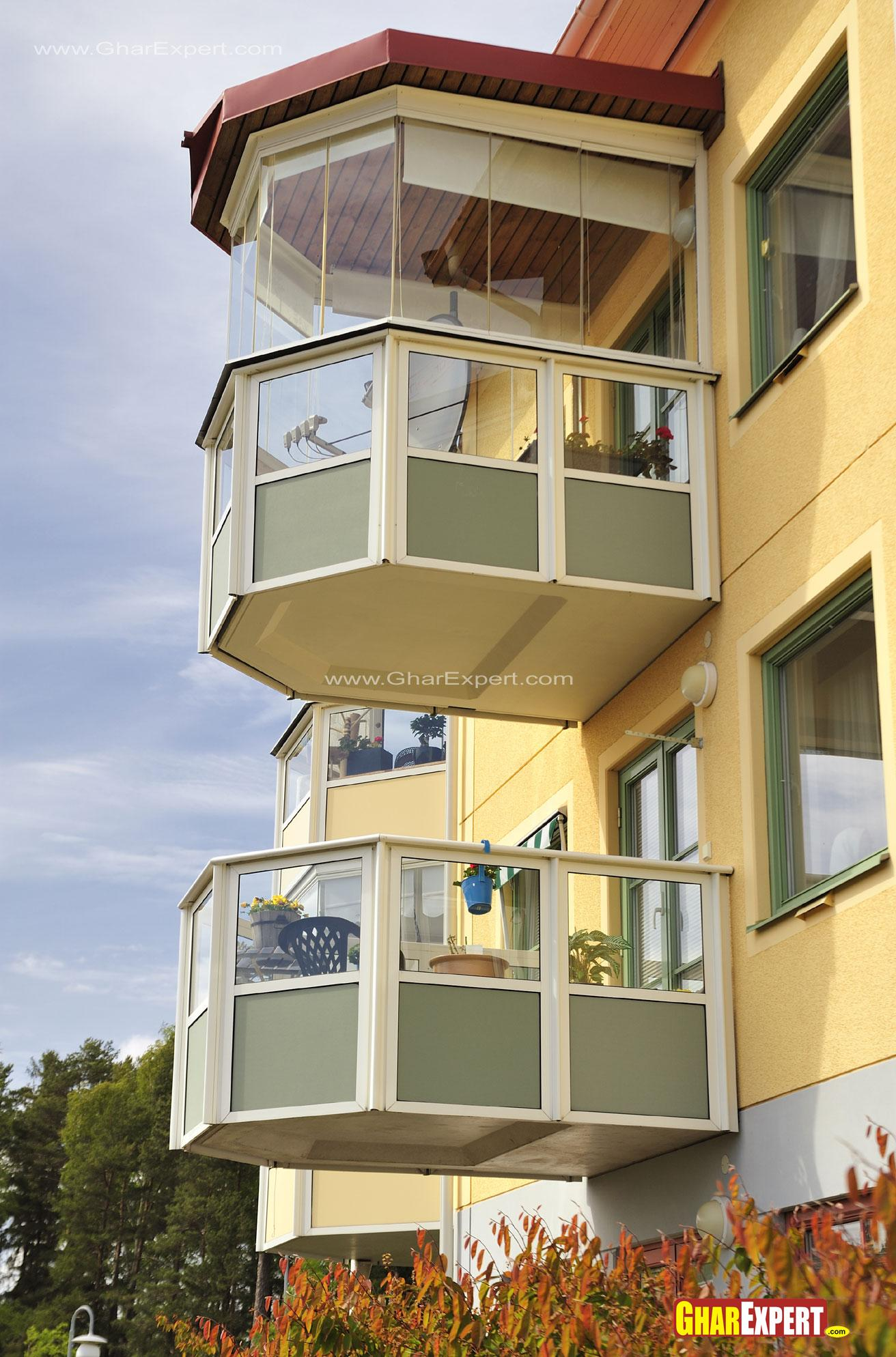 Balcony Design with Glass