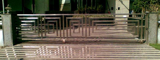 Sliding Main Gate For Bungalow Gharexpert