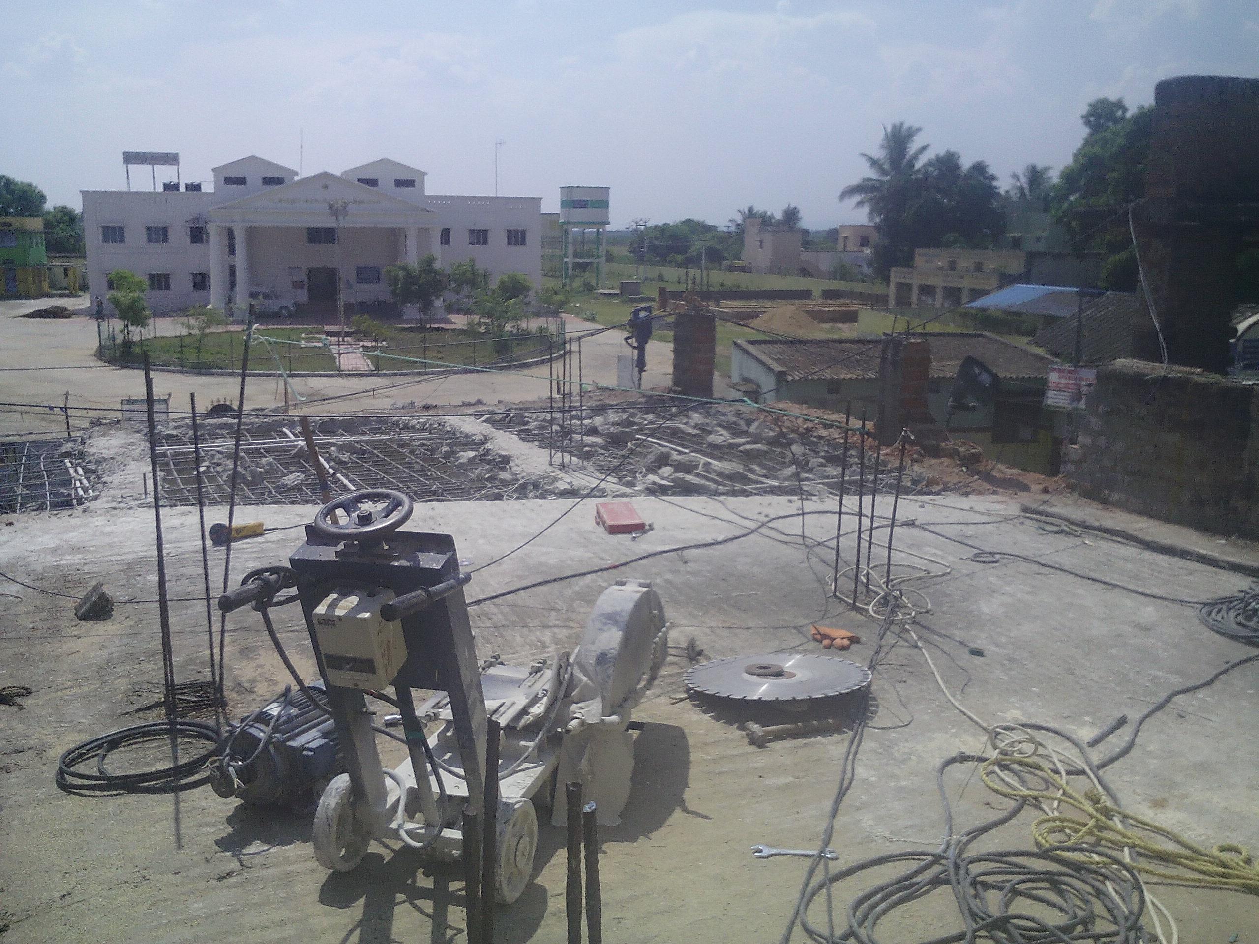 Residential concrete slab cutt....