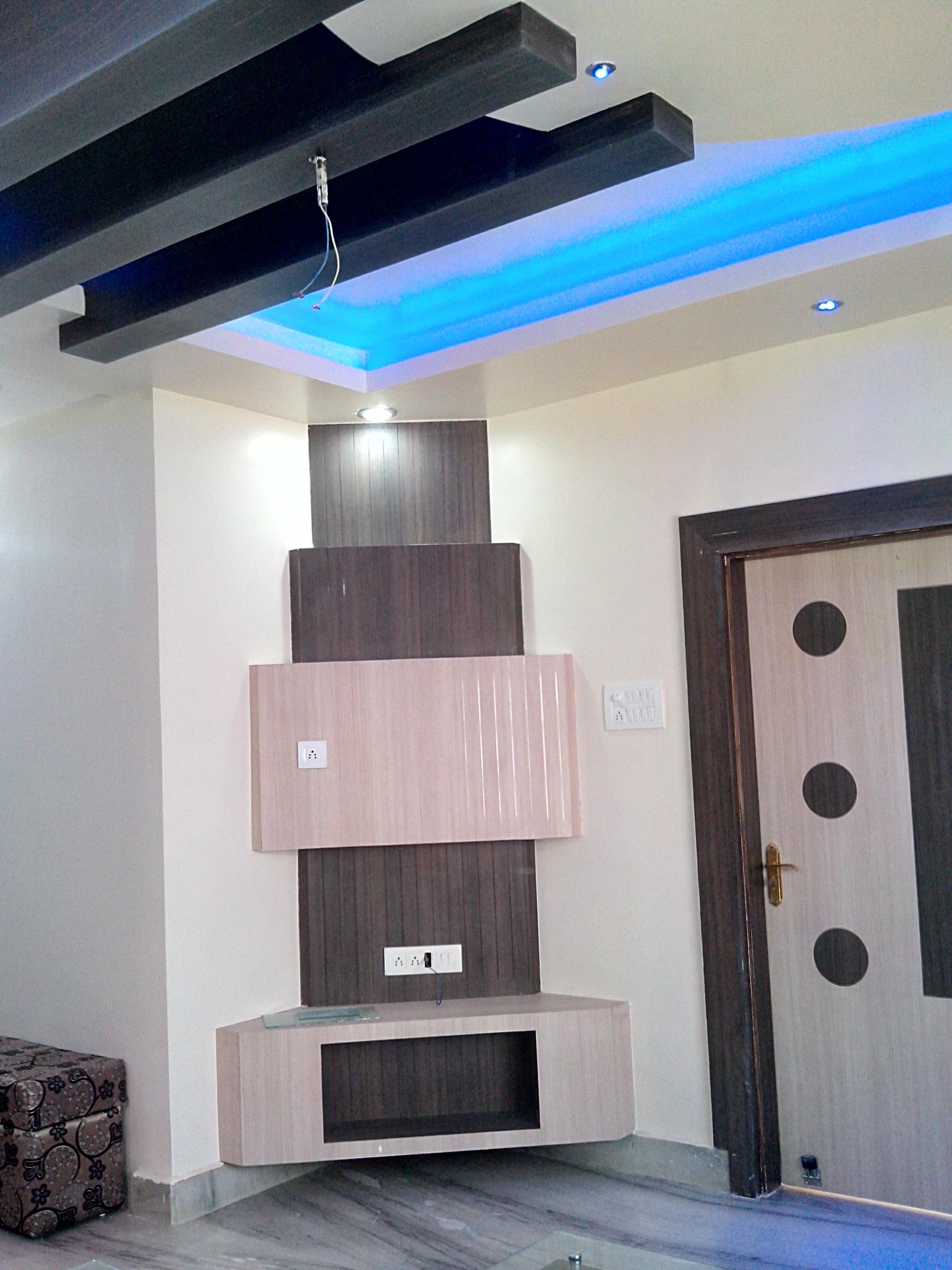corner wall lcd unit design