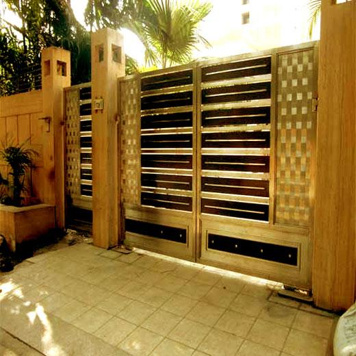 design for Small entry gate as....