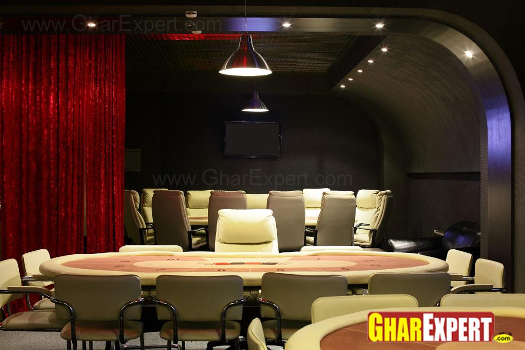 family dining area of restaure....