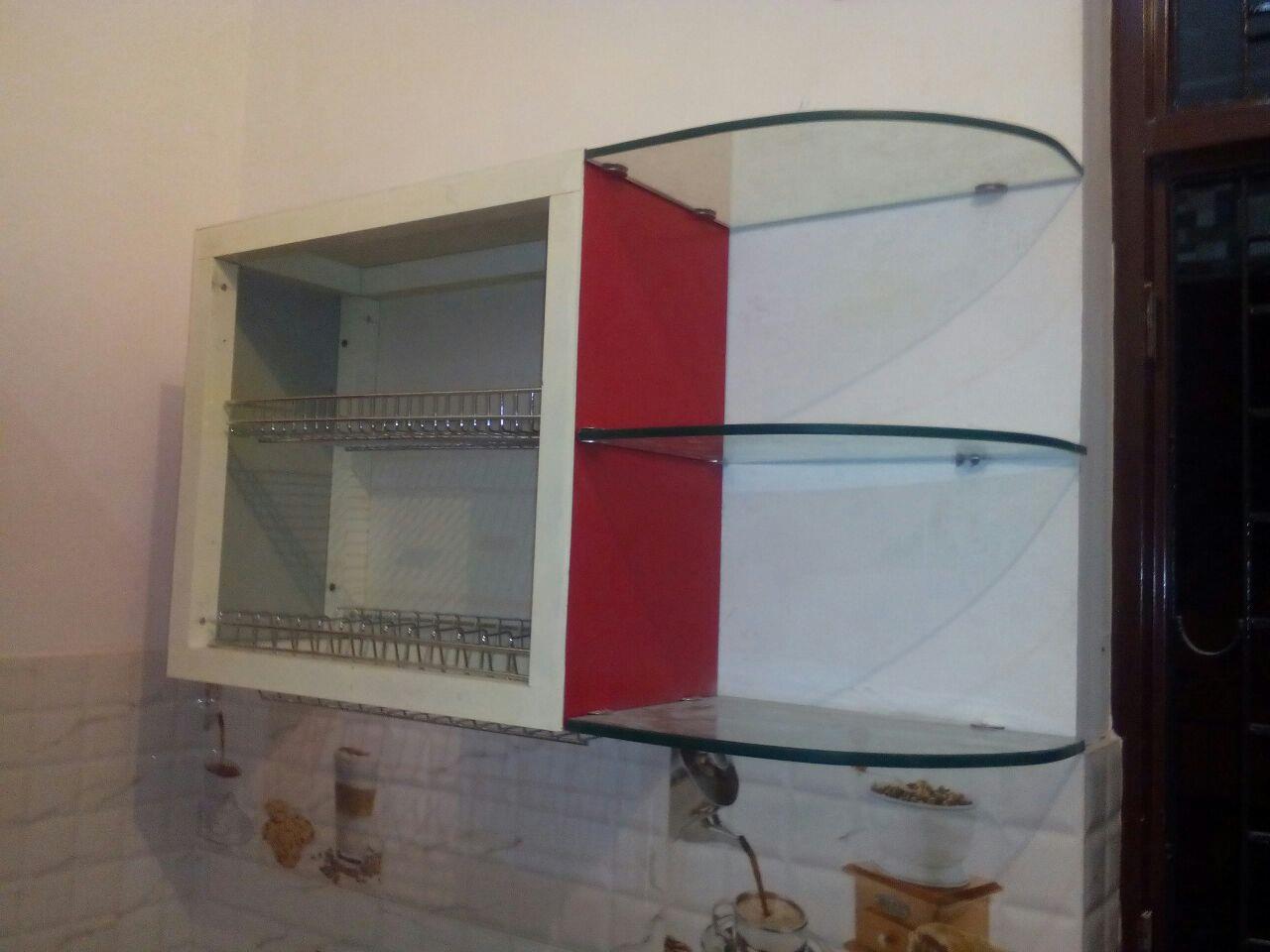kitchen cabnit