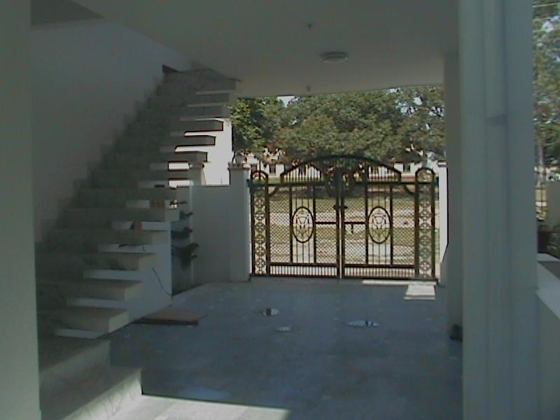 Porch with External Stairs