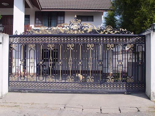 Modern design of main gate - GharExpert