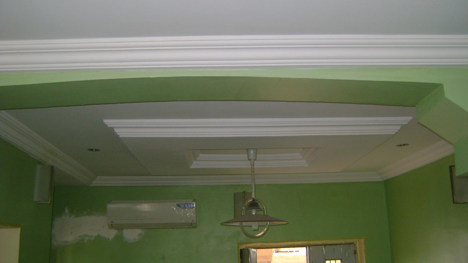 Full pop ceiling with split air conditioner ac on the wall for Wall ceiling pop designs