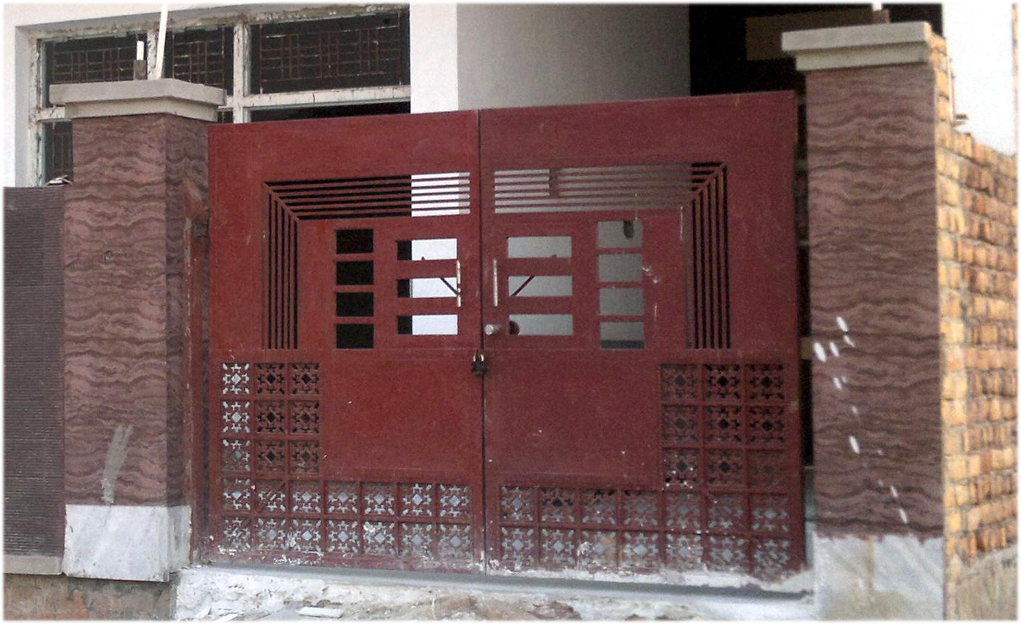 Single door grill gate design : Main door design in iron sheet and grill gharexpert