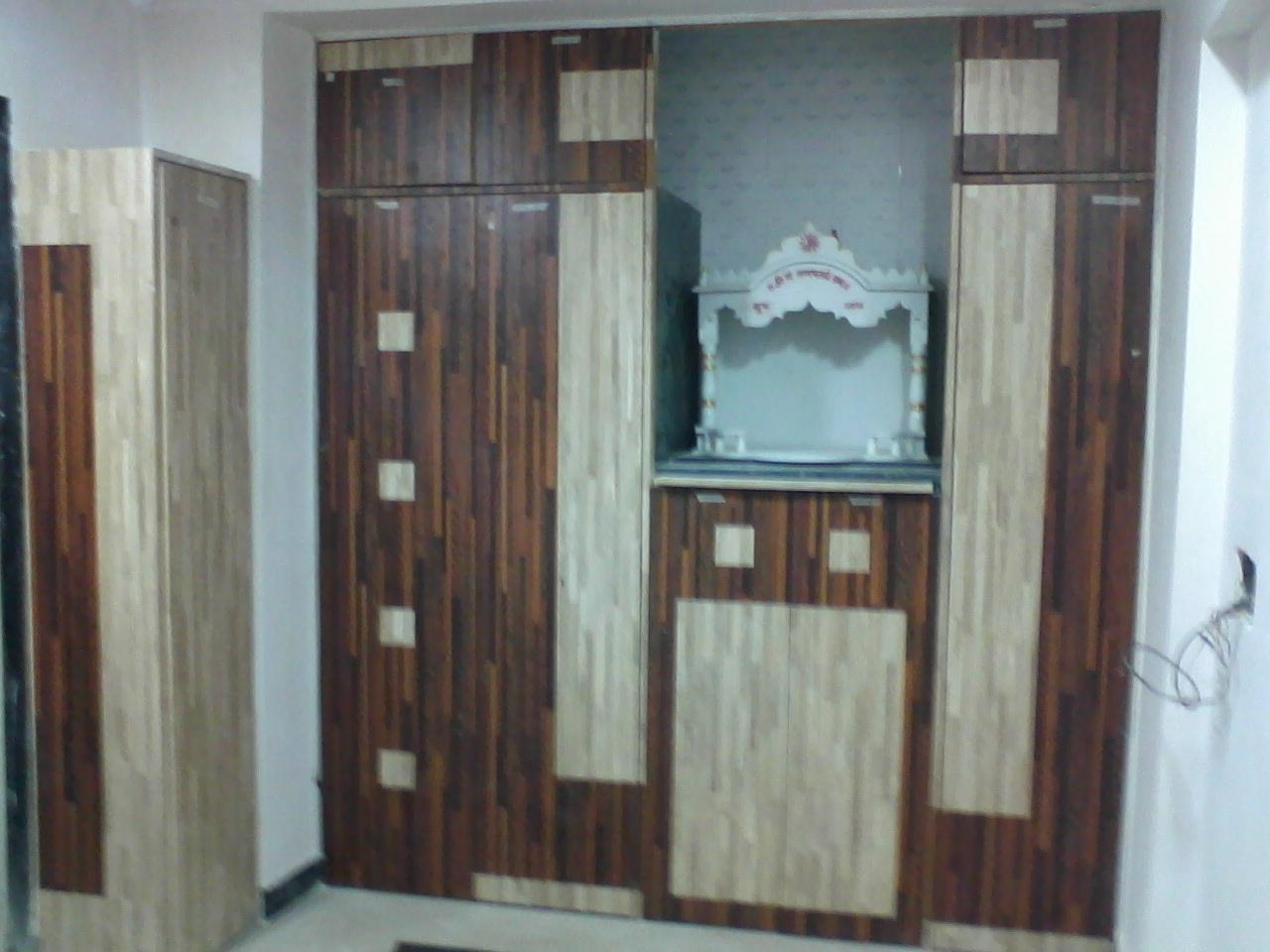 Wardrobe Design With Mandir Provison Gharexpert