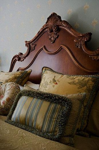 decorative wooden headboard fo....