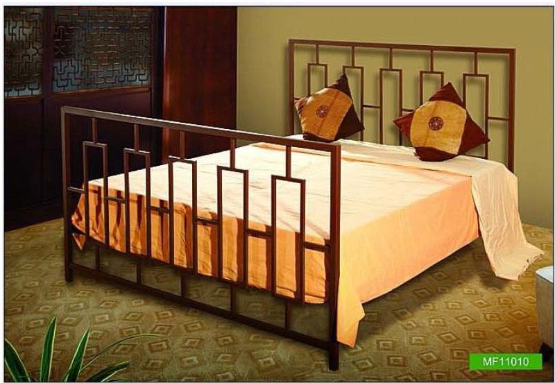 Metallic bed with minimal desi....