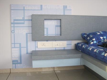 Residential Interior Wall Grap....