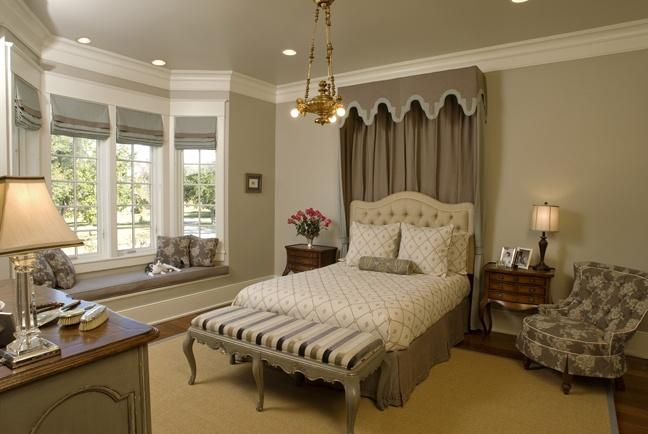 Large Size Bedroom with sothin....