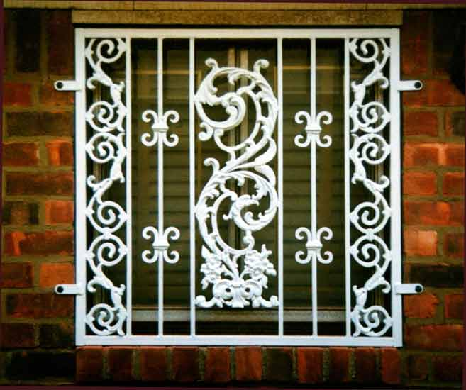 Designs of window grills window safety grills for Window design grill