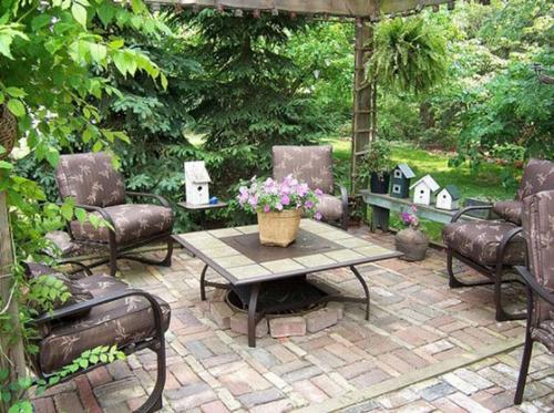 Small Garden Patio Design with Flooring and Decor Ideas