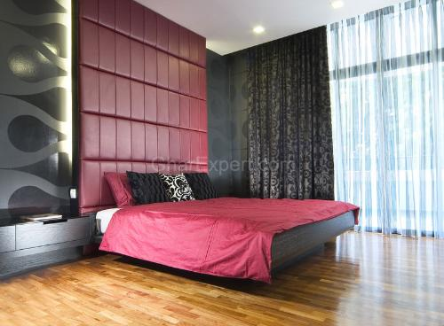 black bedroom decoration