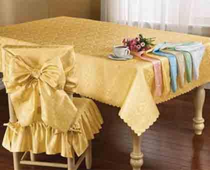 Dining Table Decorations - How to Decorate a Dining Table | Dining ...
