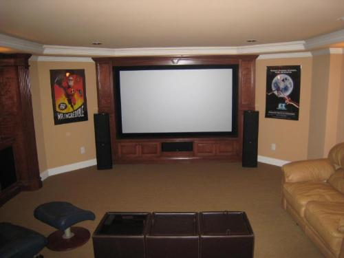 Home theatre basement design home decoration live for Basement home theater plans