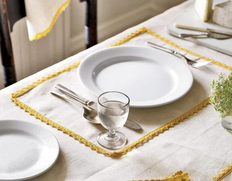 Linen Dining Table &#13;&#10;Mats></P>&#13;&#10;<P align=center><STRONG>(Linen Dining Table &#13;&#10;Mats)</STRONG></P>&#13;&#10;<P align=center>(This picture is &#13;&#10;contributed by