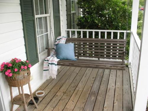 teak wood porch swing