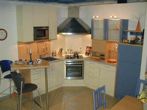 Small space kichen small kitchen designs kitchen designs in india small kitchen ideas - Kitchen solutions for small spaces pict ...