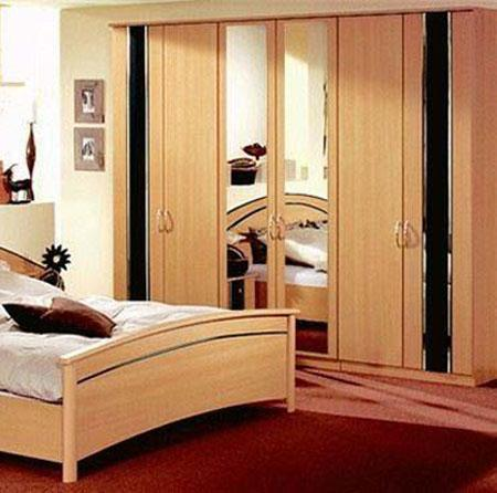 Pine wood Wardrobes