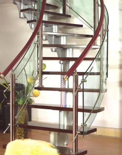 Glass and steel combination railing style
