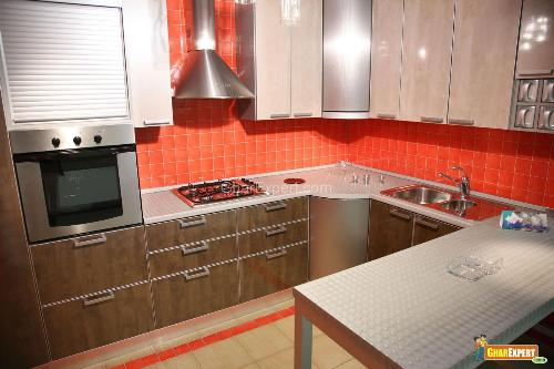 Red color for Kitchen backsplash