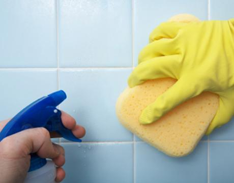 Kitchen Tile Cleaning