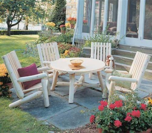Outdoor cedar furniture