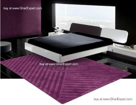 Elegant Carpet series - Bold Single purple shade on diamond and diagnol geometrical pattern area rug