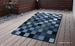 Recycled carpet with Patchwork jeans in blue and black shades